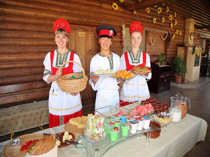 """Hutorok"" is a Russian styled summer restaurant"